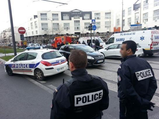 COLOMBES PRISE D'OTAGE : LE FORCENÉ INTERPELLE ET LES OTAGES LIBÉRÉS !