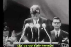 """Les mots qui ont stigmatisé le mur de Berlin, les mots qui ont fait chuter le mur de Berlin... """"Ich bin ein Berliner"""" - """"Qu'ils viennent ici à Berlin..."""" (Kennedy, juin 1963) - 9 novembre 1989, actualités de l'époque - Rostropovitch au pied du mur de Berlin ce 9 novembre 1989 / Aucun mort, aucun blessé ce jour absolument irréel et historique !"""