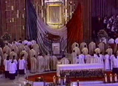 Résumé sur : Les apparitions de la Vierge Marie