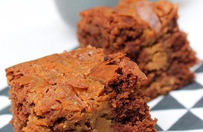 Brownie marbré au beurre de cacahuètes