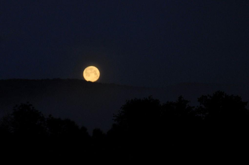 Une très belle lune.