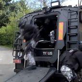 """Les premiers rugissements du blindé """" Titus """" de la BRI-PP - VIDEOS de POLICE .com - Vidéos et reportages sur la Police Nationale, Gendarmerie, Douane, ..."""