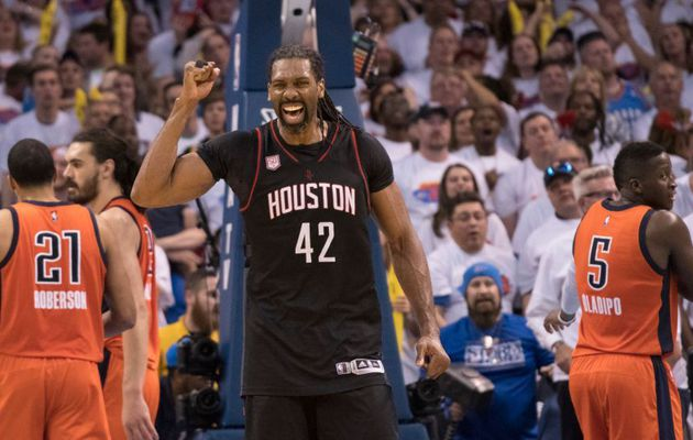 Nene Hilario rempile aux Rockets pour 15 millions de dollars sur 4 ans