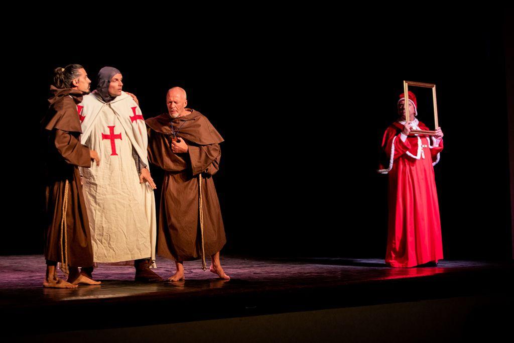 Vendredi soir à la salle du Grès, une pièce de théâtre jouée notamment par l'imam et le curé d'Istres et qui évoque le dialogue entre les religions.