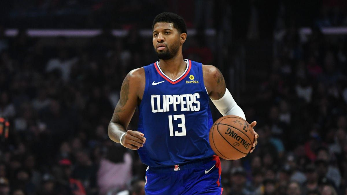 Paul George veut finir sa carrière avec les Clippers de Los Angeles, et il a fait un pas dans cette direction en acceptant une prolongation de contrat de plusieurs saisons jeudi.