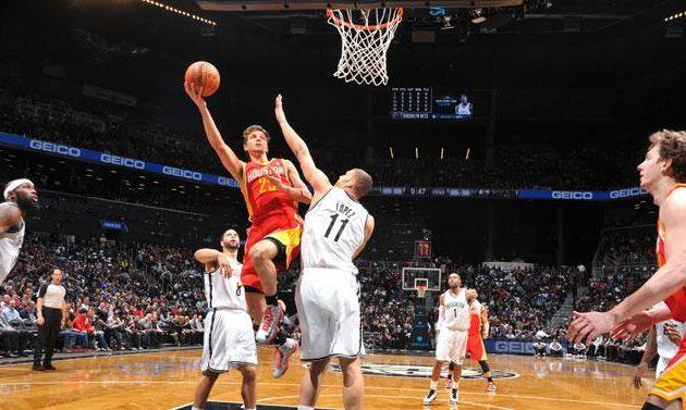 Les Rockets enchaînent à Brooklyn face aux Nets