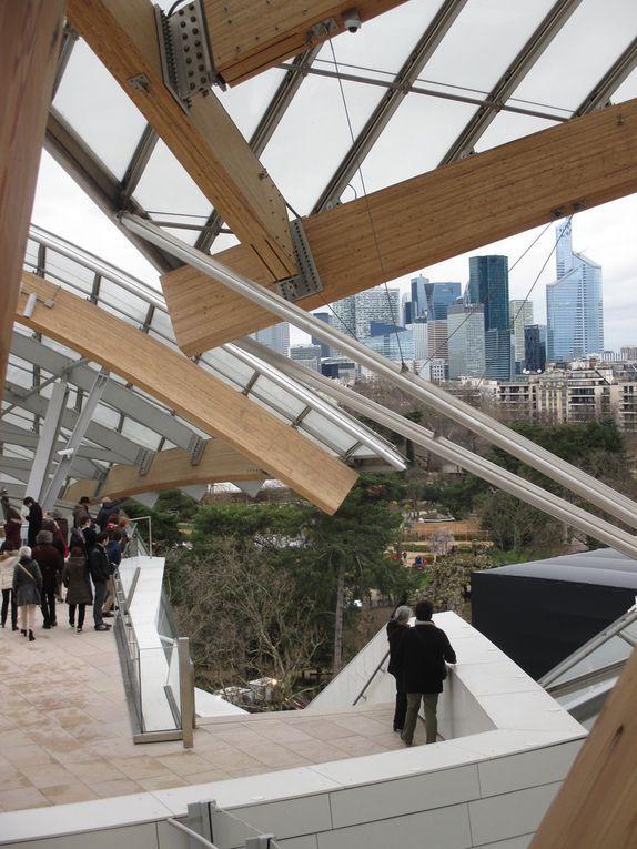 DIAPORAMA : le bâtiment de Franck Gehry