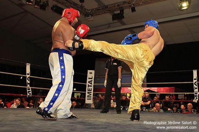 Boxe in défi XIII Combat amateur de lourds des +91Kg (3x2) Julien ROQUES vs Madjid BENHAMED