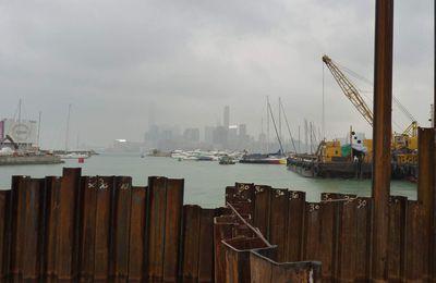 On part à Hong Kong