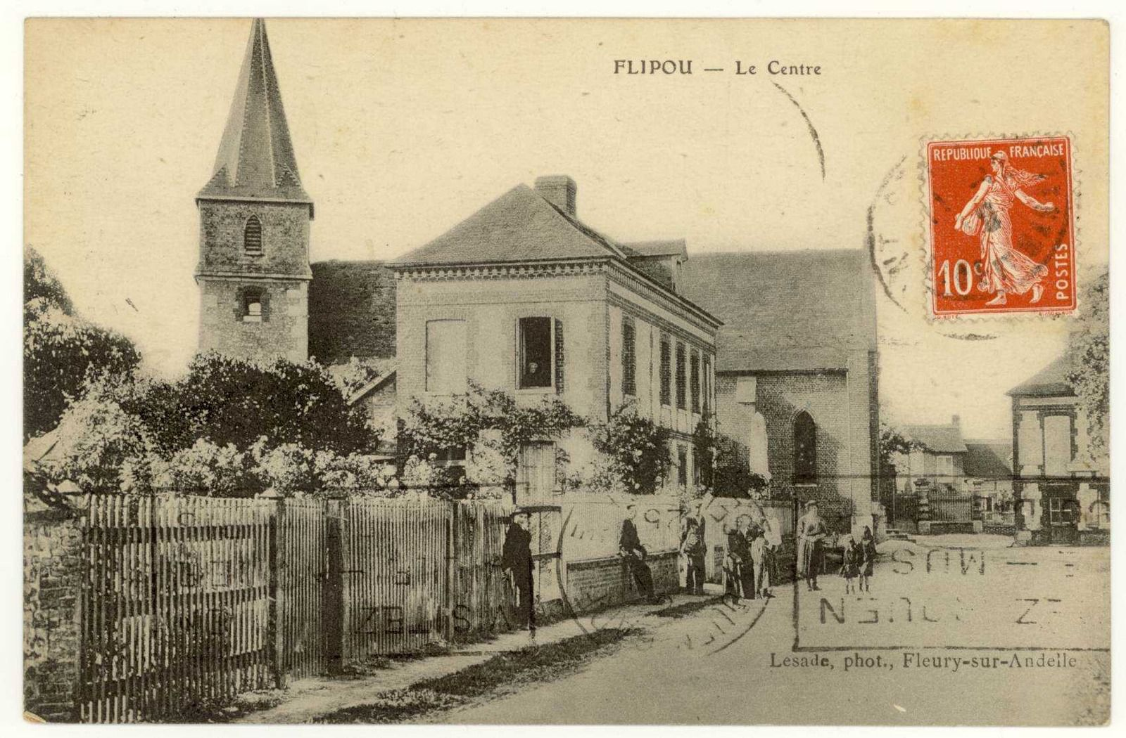 Carte postale issue des fonds des Archives départementales de l'Eure.
