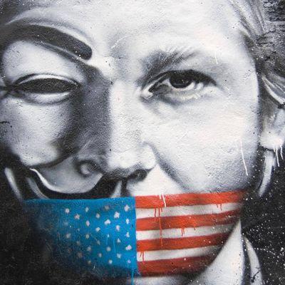 #Urgent #WikiLeaks vient de déposer tous leurs fichiers en ligne.
