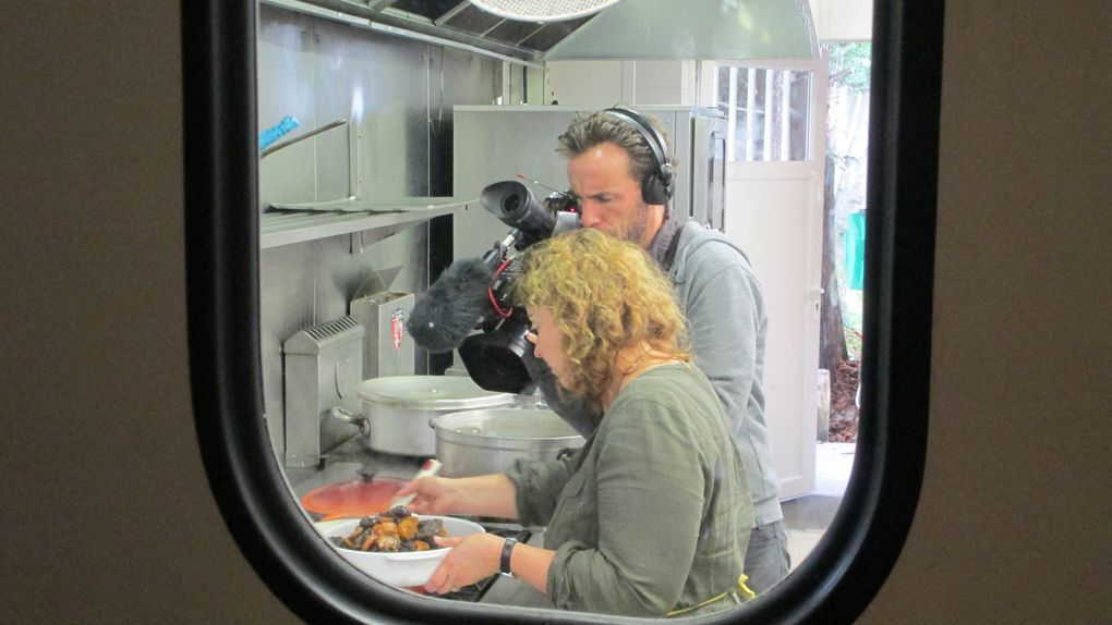 Toutes les images du tournage pour l'émission Les Carnets de Julie diffusée le samedi 22 novembre 2014