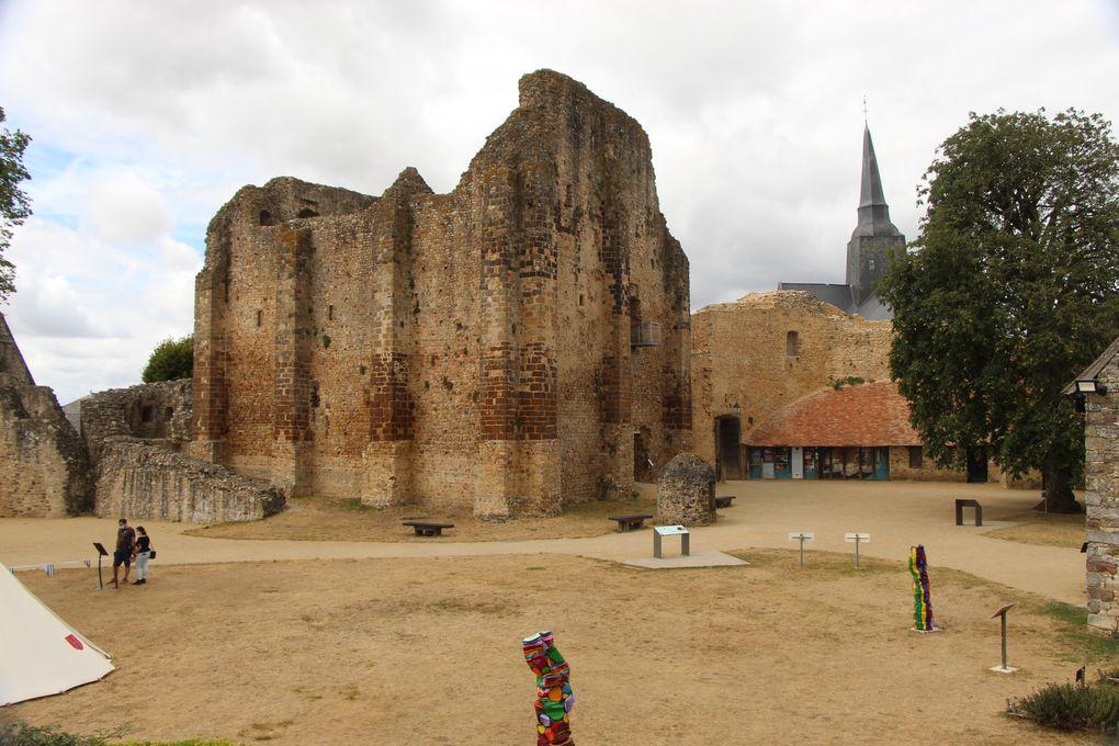 Sainte Suzanne , plus beau village de France (1)