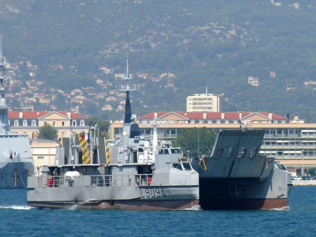 L 9094 , Engin de Débarquement Amphibie - Rapide ( EDA - R) , en remplacement des CTM