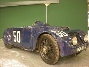 Promenade touristique dans la Drôme Provençale réservée aux voitures dont les marques ont participé à la première épreuve du Grand Prix d' Endurance des 24h du Mans en 1923