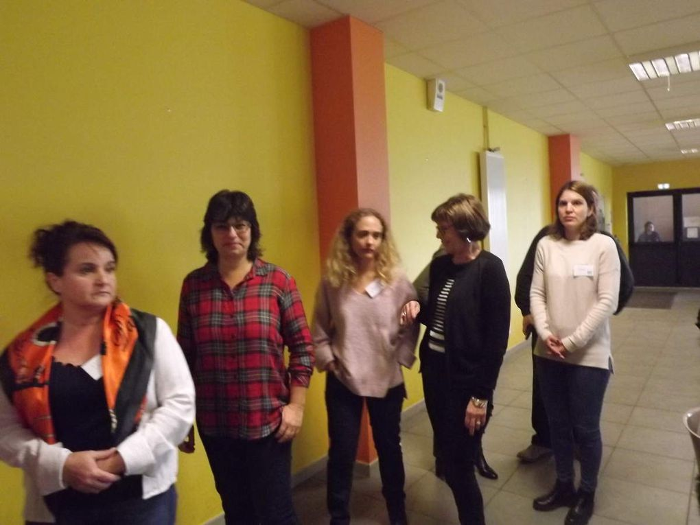 L'équipe ERASMUS au travail et au repos- effort et réconfort. Les liens se tissent entre pays.