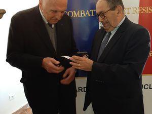 Le président interdépartemental honoraire Jean-Louis BAUDHUIN et Pierre CAPAROS qui ont oeuvré de longues années au sein de la section ont été honorés par le président national Jean-Paul BACHET