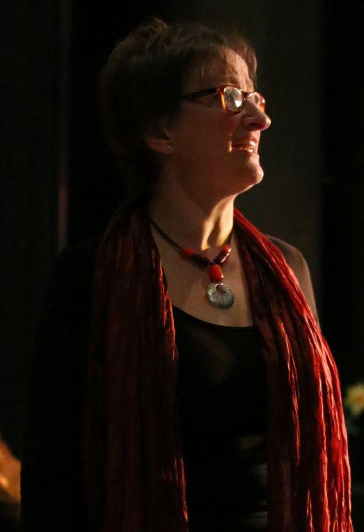 Claudia v.d.Goltz (Gesang), studierte Schulmusik und Gesang in Würzburg, ist Musiklehrerin am Gymnasium Veitshöchheim