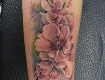 tatouage-fleurs-aquarelle