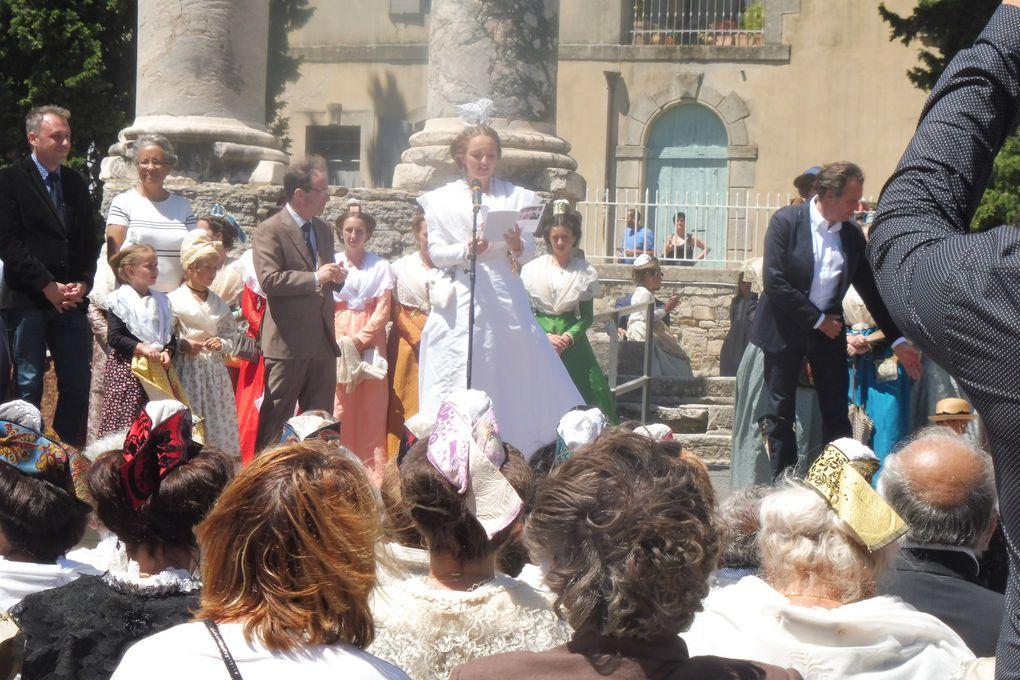 Nous y étions: La fête du costume à Arles.