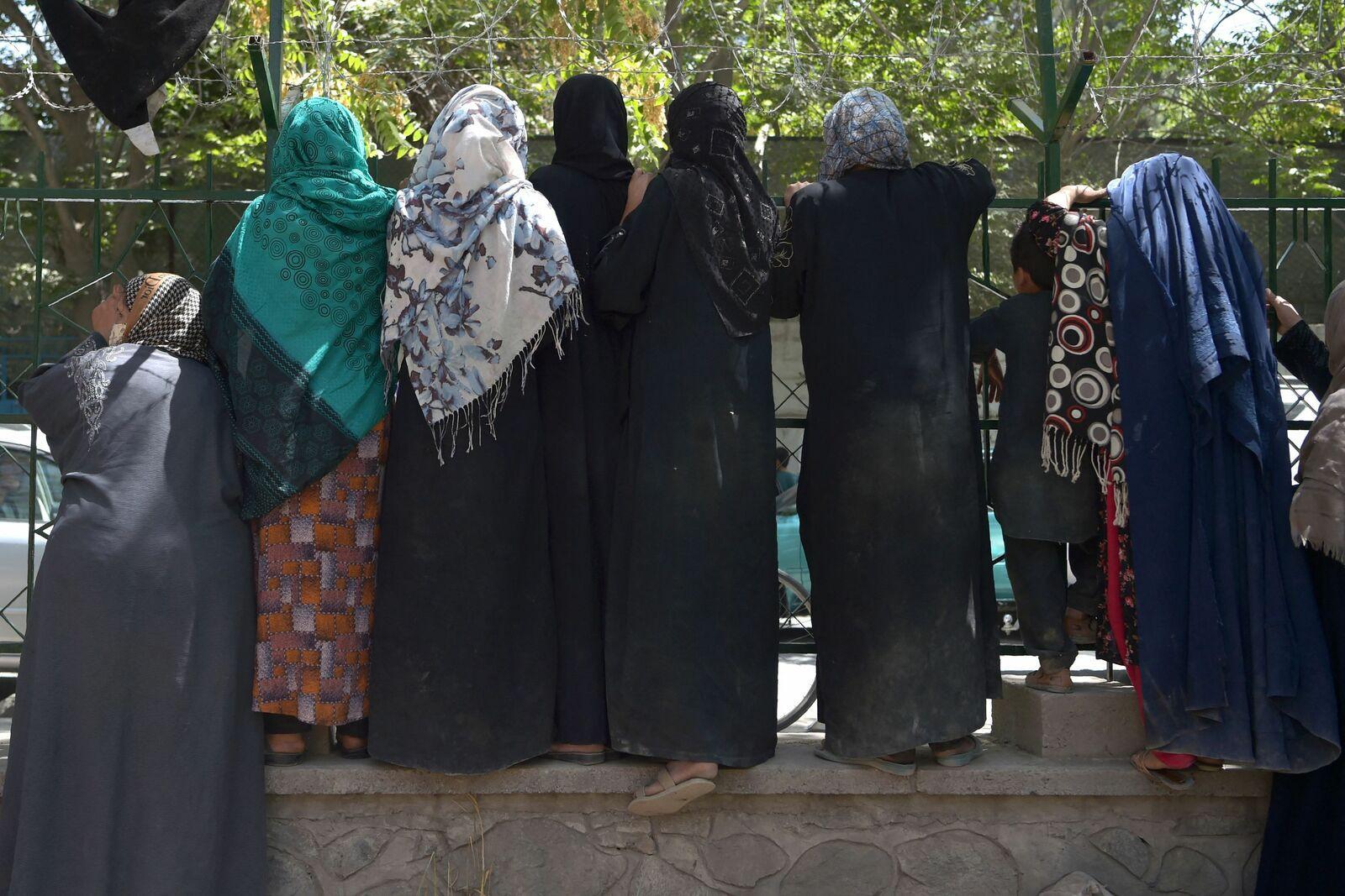 Les femmes à Kaboul craignent l'arrivée des Talibans.