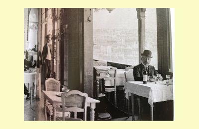 LES CLIENTS : l'art de se savoir -ou pas- de les satisfaire. Scandale sur la Tour Eiffel...!