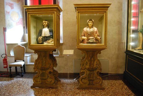 Bologne, Italie Photos et dessins: ©Emmanuel CRIVAT 2008 Références pour stratégies de développement durable