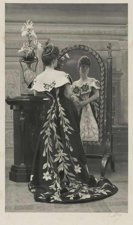 """""""La mode retrouvée"""" : les robes trésors de la comtesse Greffulhe"""