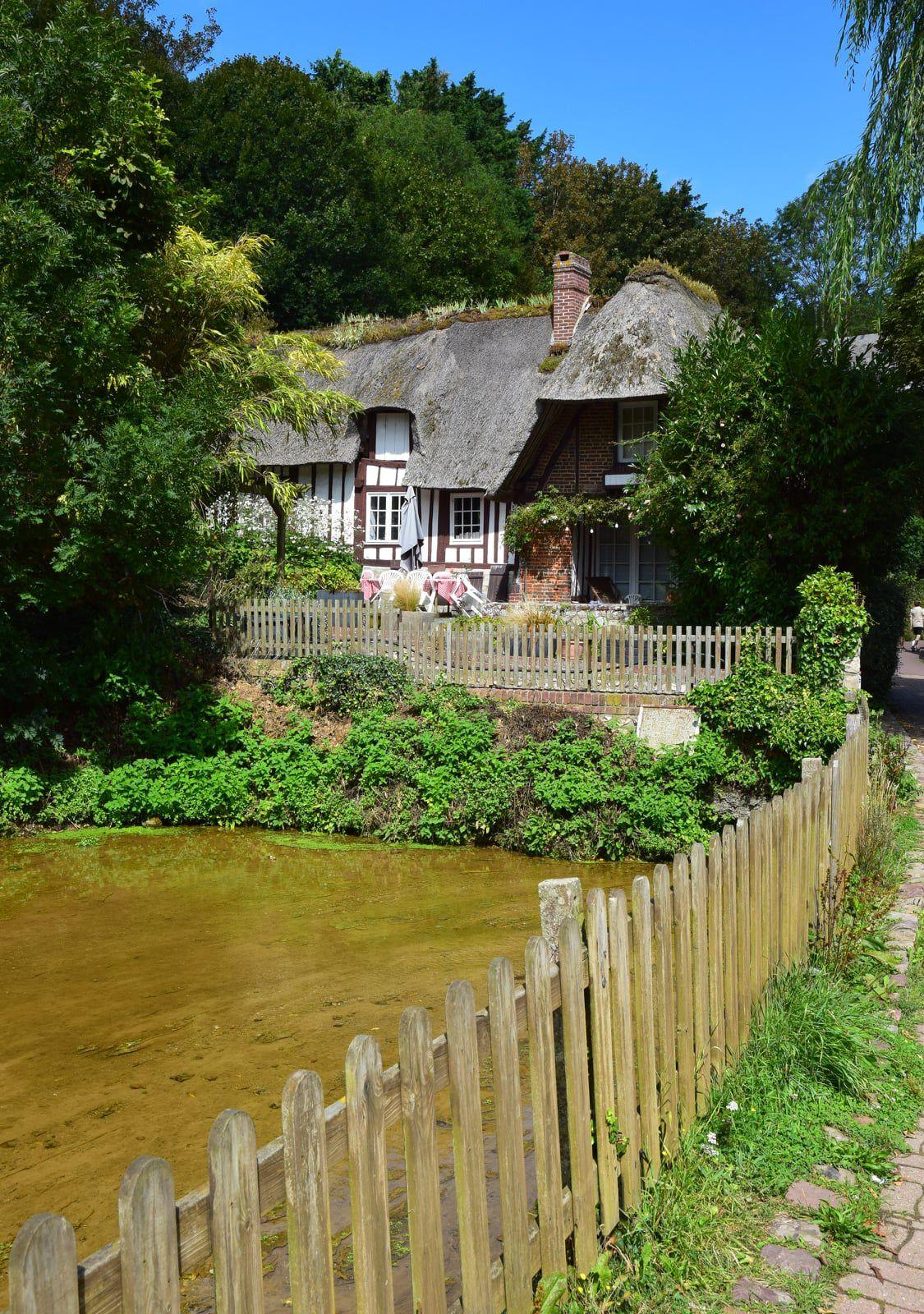Veules-les-Roses est l'un des plus beau village de France