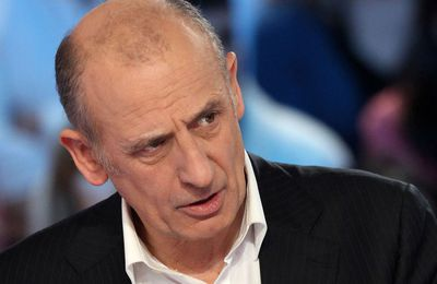 Jean-Michel Apathie, une crotte que ce commentateur de LCI.!!