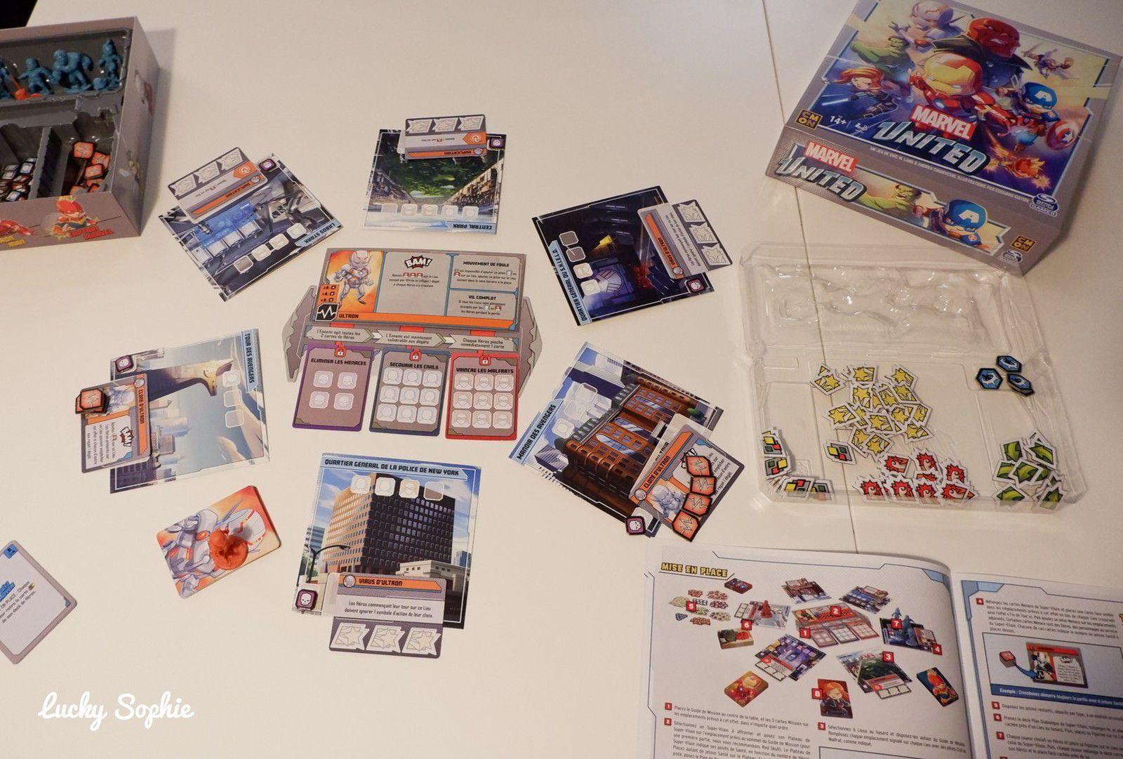 Lors de la mise en place, on dispose les cartes lieux sur lesquelles les héros et le Vilain pourront se déplacer. On décide quel Super Vilain matérialisé par une figurine et par son deck on va affronter. Chaque joueur choisit un Avenger et saisit le deck qui lui est associé.