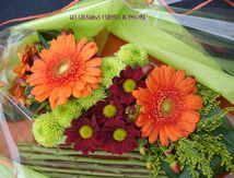 Art floral dans l'assiette
