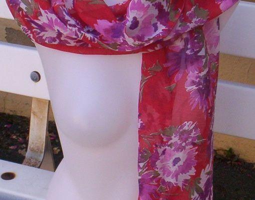 Foulard en mousseline de polyester