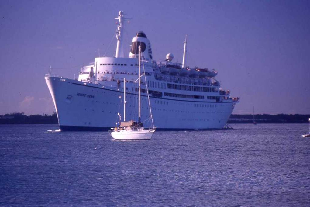 SEAWIND  CROWN
