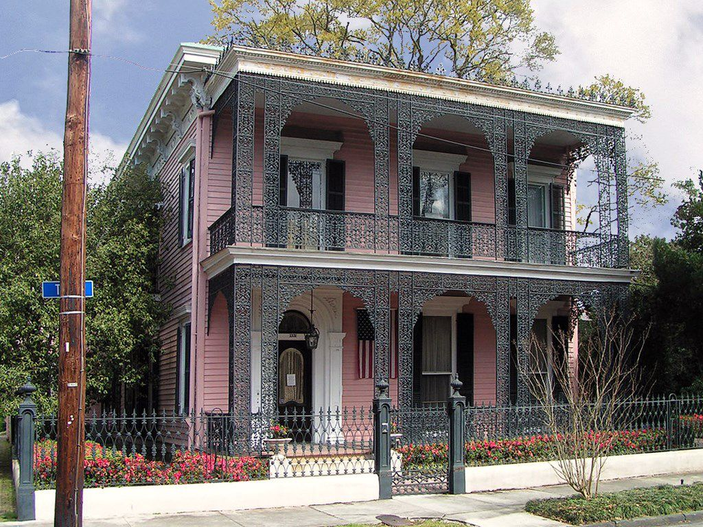 Mussson-Bell House