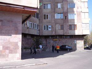 Yerevan,  le 19 avril, ensuite...