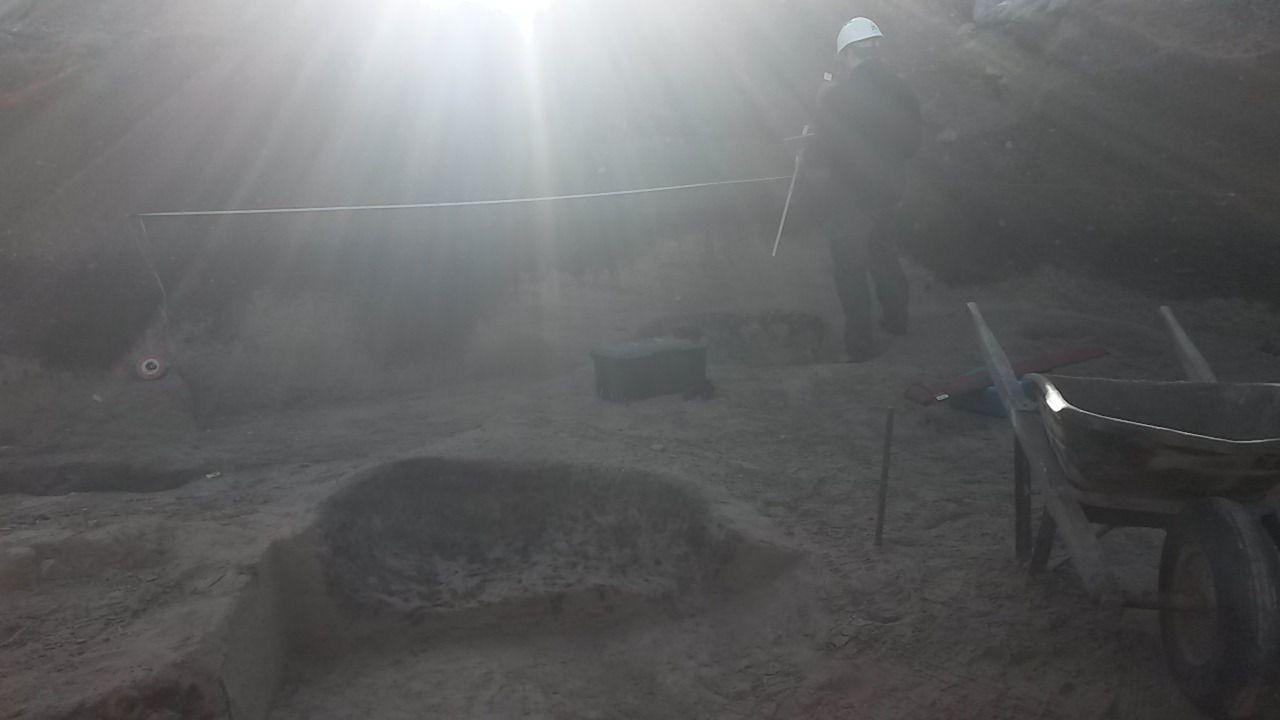 Visite d'un chantier de fouilles à Nyon en 2015 et réflexion sur la vie et l'histoire avec une classe.