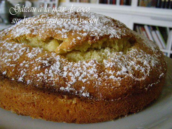 Gâteau à la noix de coco, sur base du gâteau au yaourt Jaclyne www.cuisineetgourmandise.fr