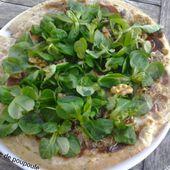 Pizza Grenobloise (mâche, bleu, jambon cru et noix) - La cuisine de Poupoule