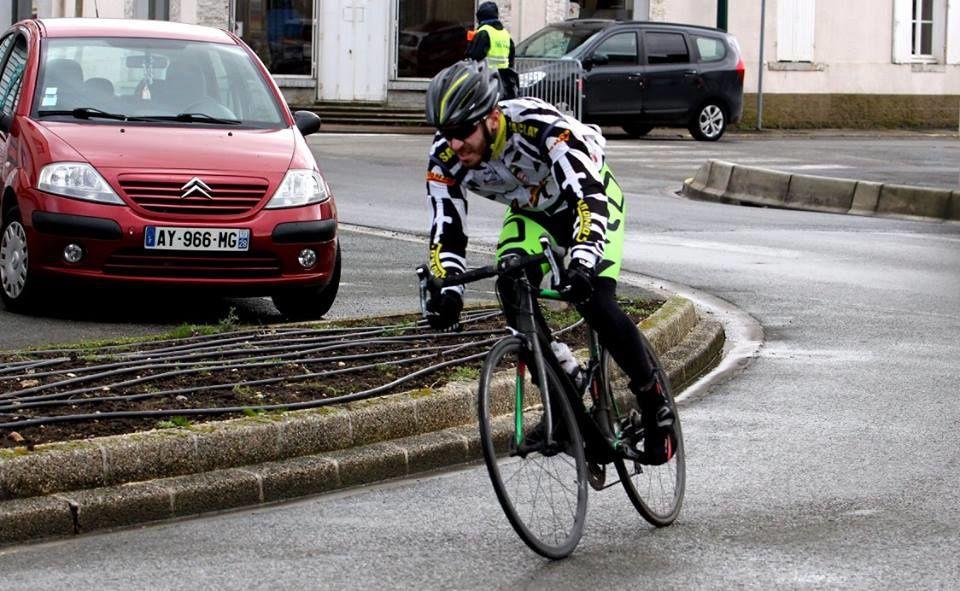 Album photos des courses UFOLEP 3 et GS d'Orgères en Beauce (28)