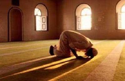 Comment peuvent ils négliger leur prière