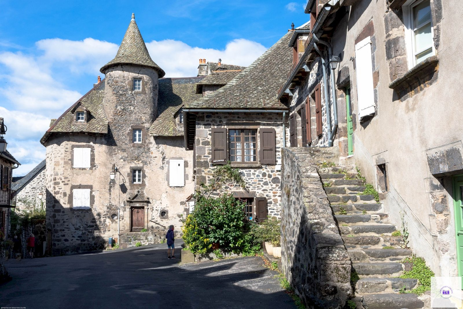Salers, un des plus beaux villages de France en Auvergne dans le Cantal