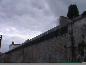 L'eau coule sous le pont de SAINTES 3 par Jean-Pierre Franssens