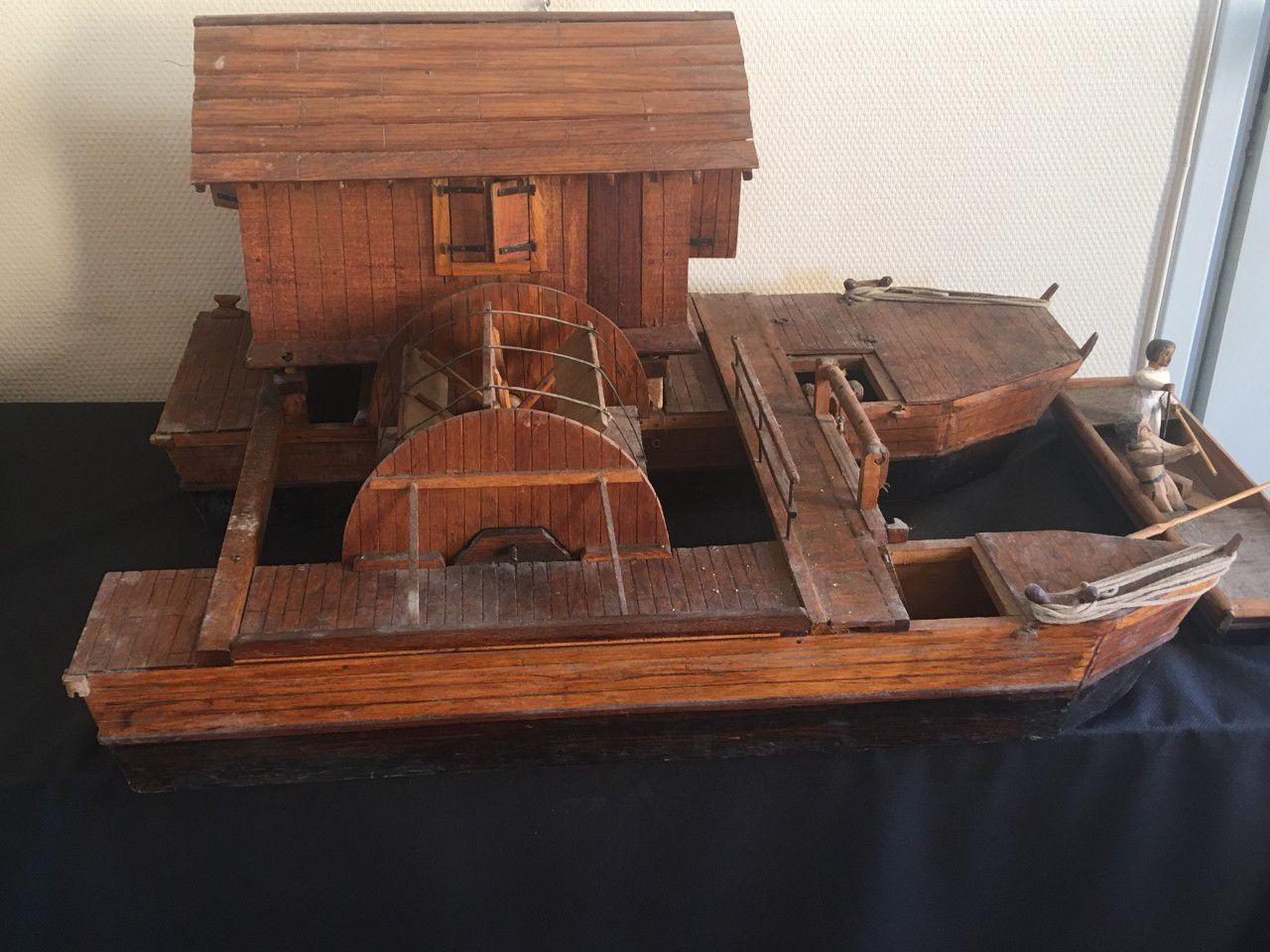 Moulin bateau sur la Garonne