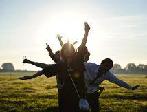 Ceux qui fêtaient le bonheur (2)