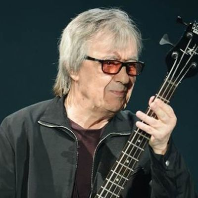 Rolling back the years: Rift is healed as Bill Wyman rejoins The Stones after 22 years