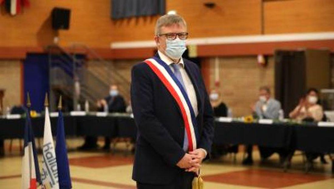 M. Jean-Christophe Destailleur Réélu Maire d'Halluin, le 2 Octobre 2021.