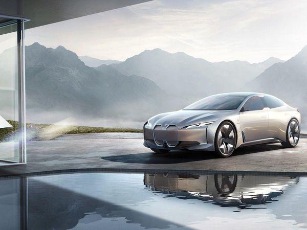 Assurer une voiture proposant la conduite autonome en France