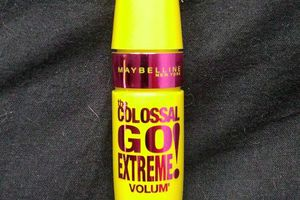 Maybelline, The Colossal Go Extreme Volum'