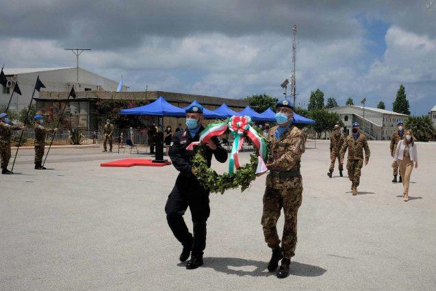 Shama:i militari del contingente italiano celebrano la Festa della Repubblica con l'Ambasciatrice d'Italia in Libano